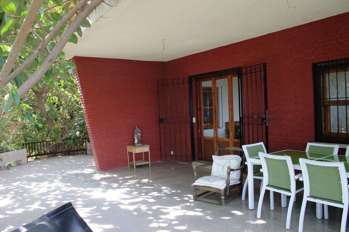 Chalet independiente en ubicación exclusiva y única de Campolivar 6