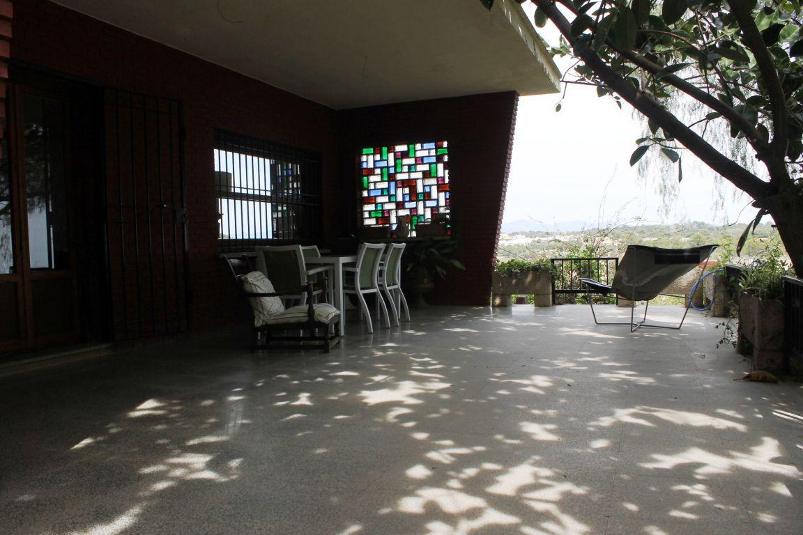 Chalet independiente en ubicación exclusiva y única de Campolivar 9