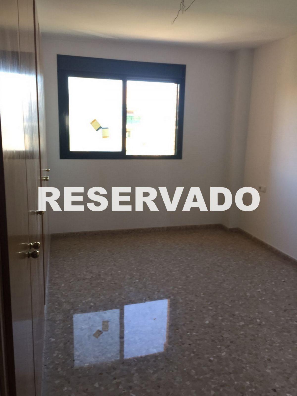 Venta piso en Paterna, ubicada en Casas Verdes con garaje 9