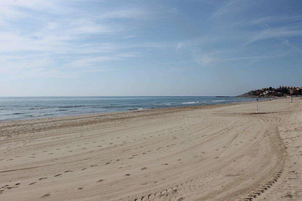 Adosado en venta en primera línea de la Playa Morro de Gos 2