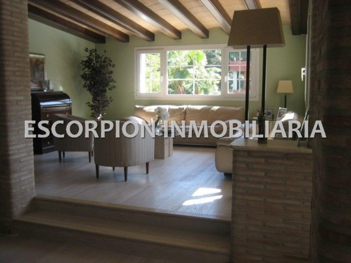 Chalet independiente en alquiler ubicado en Campolivar (Godella) 3
