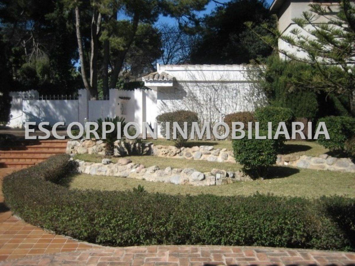 Chalet independiente en alquiler ubicado en Campolivar (Godella) 8