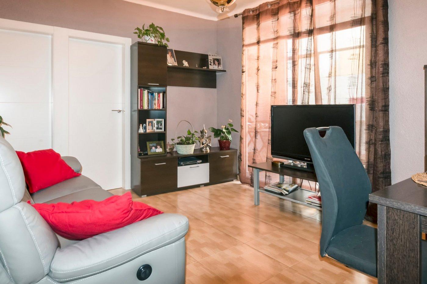 piso en cornella-de-llobregat · gavarra 199900€