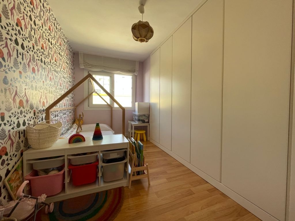 Excelente piso reformado al lado del parque Ribalta