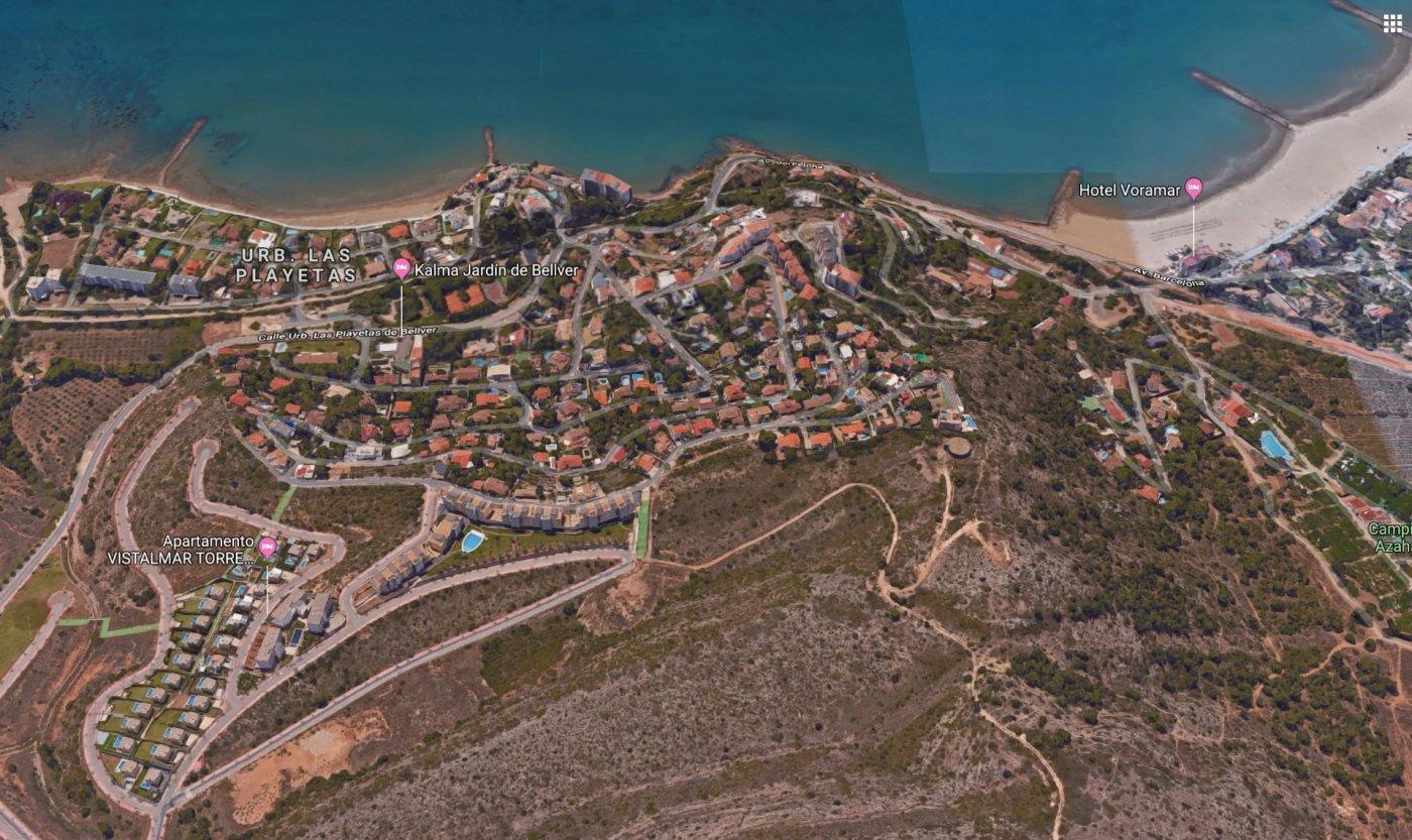 Villa  en urbanización Torrebellver