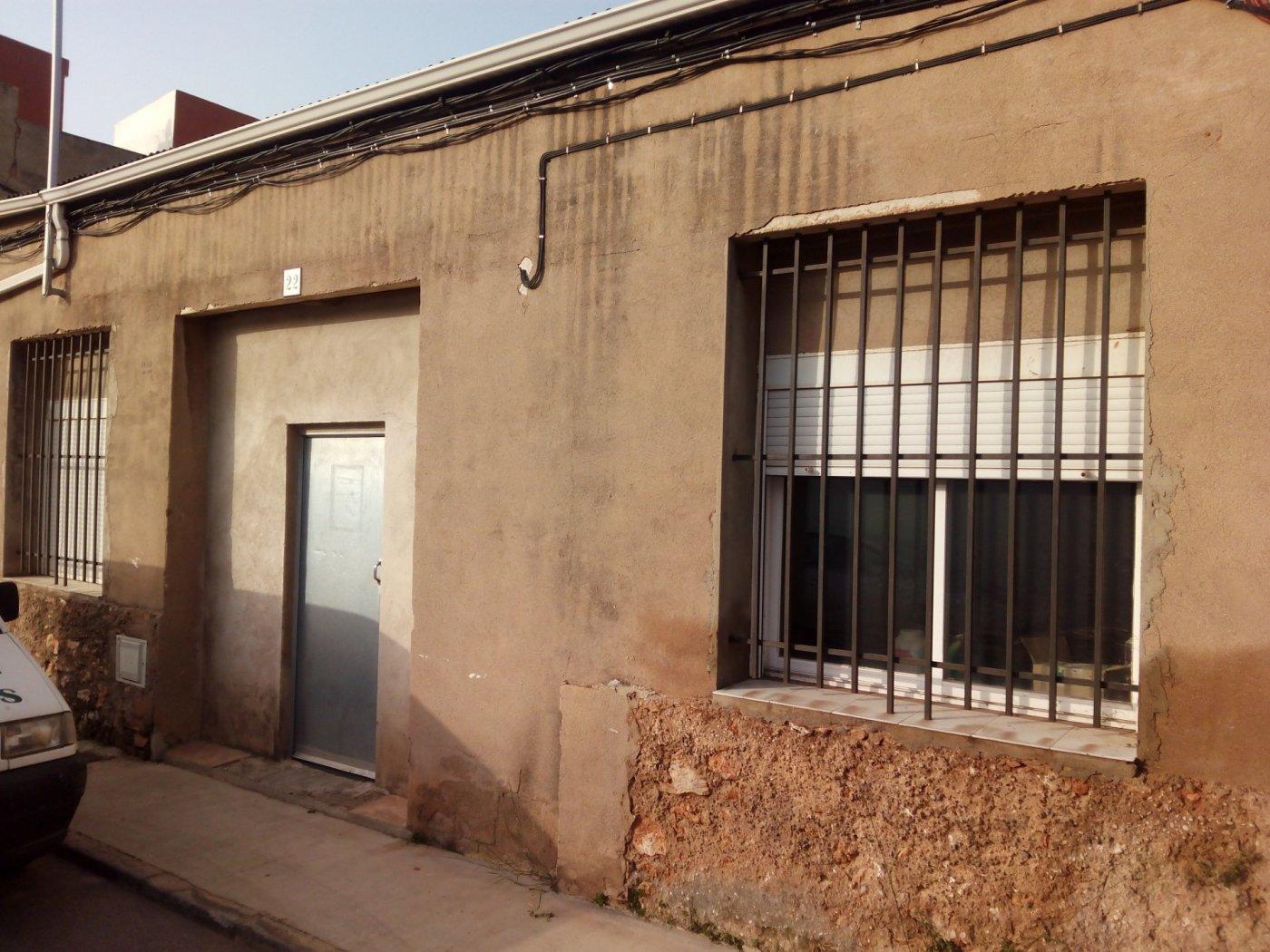 Local en zona Av. Valencia
