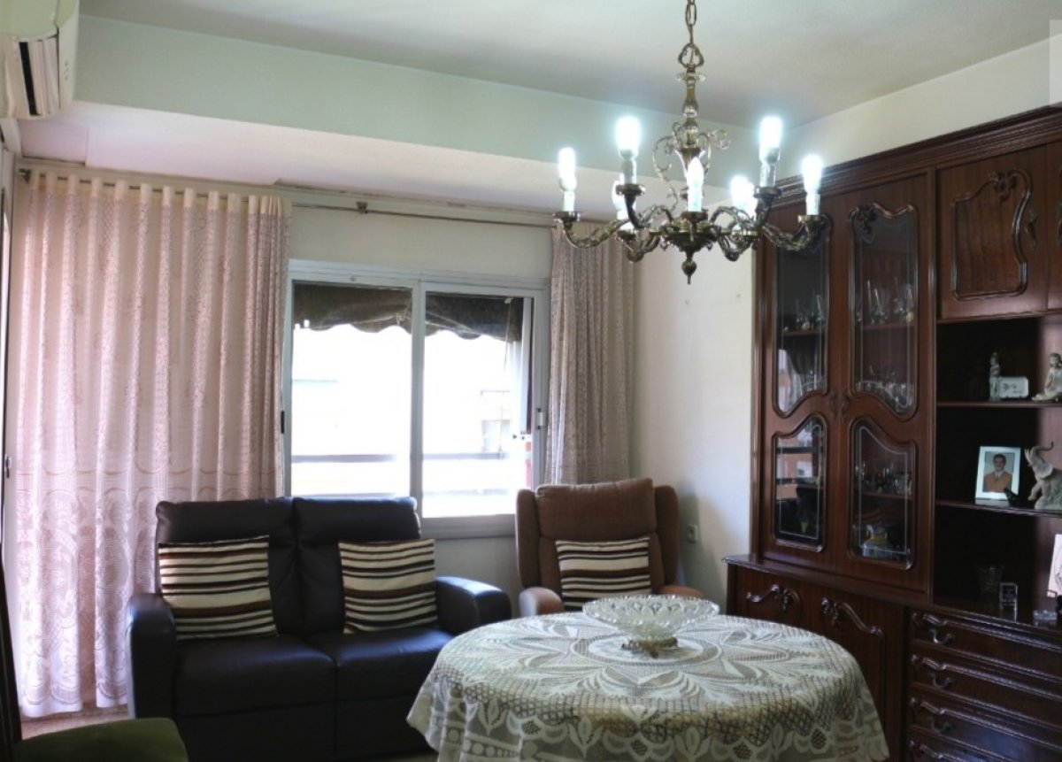 piso en valencia · el-cabanyal---el-canyamelar 115000€