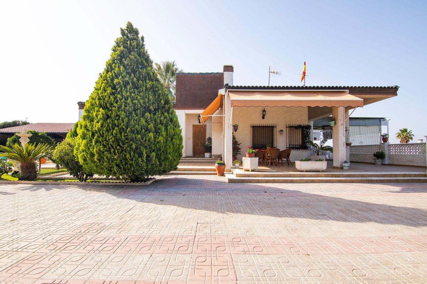 chalet en elche-pedanias · valverde 279000€