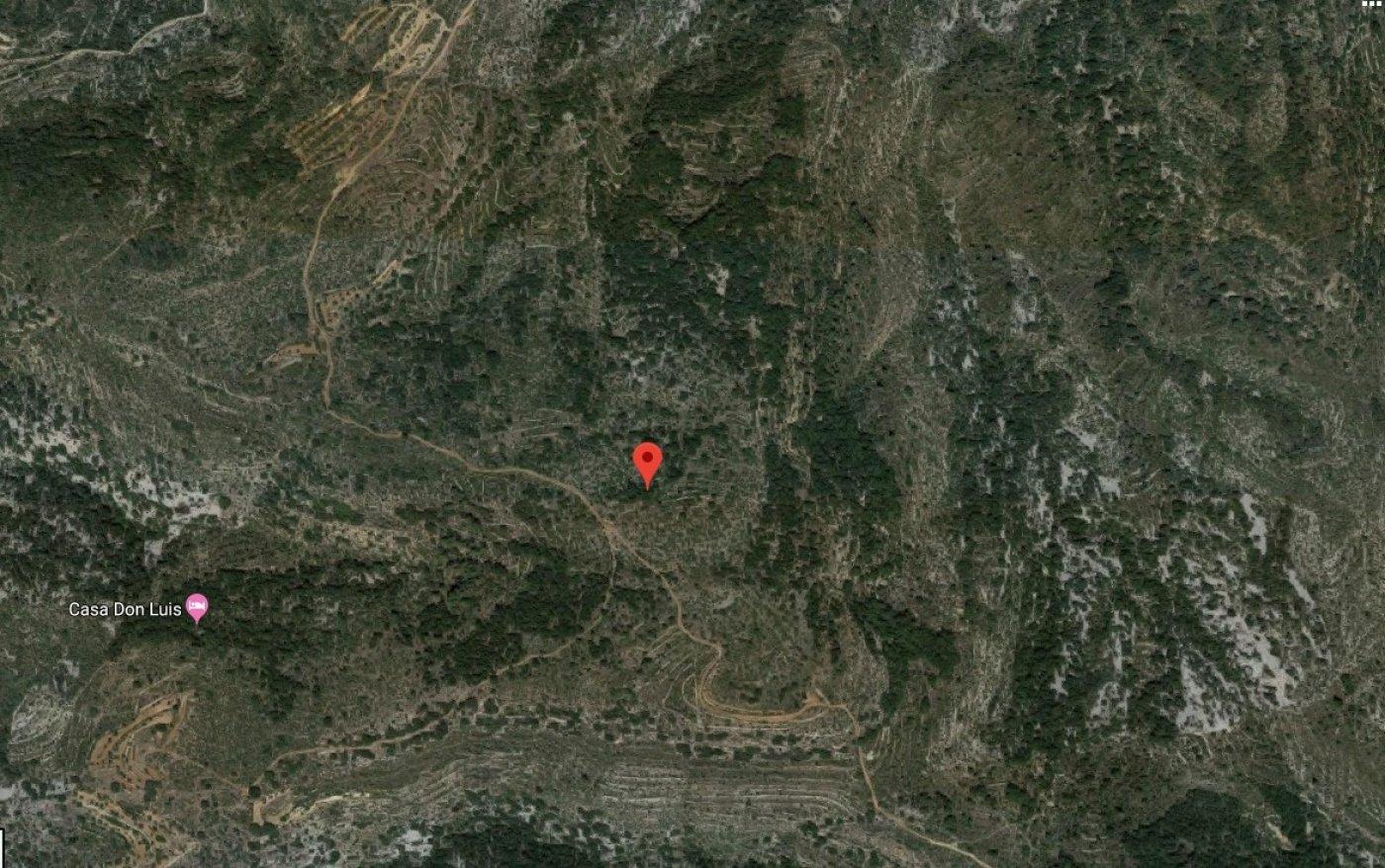 Parcela rústica en venta en Sierra Engarcerán