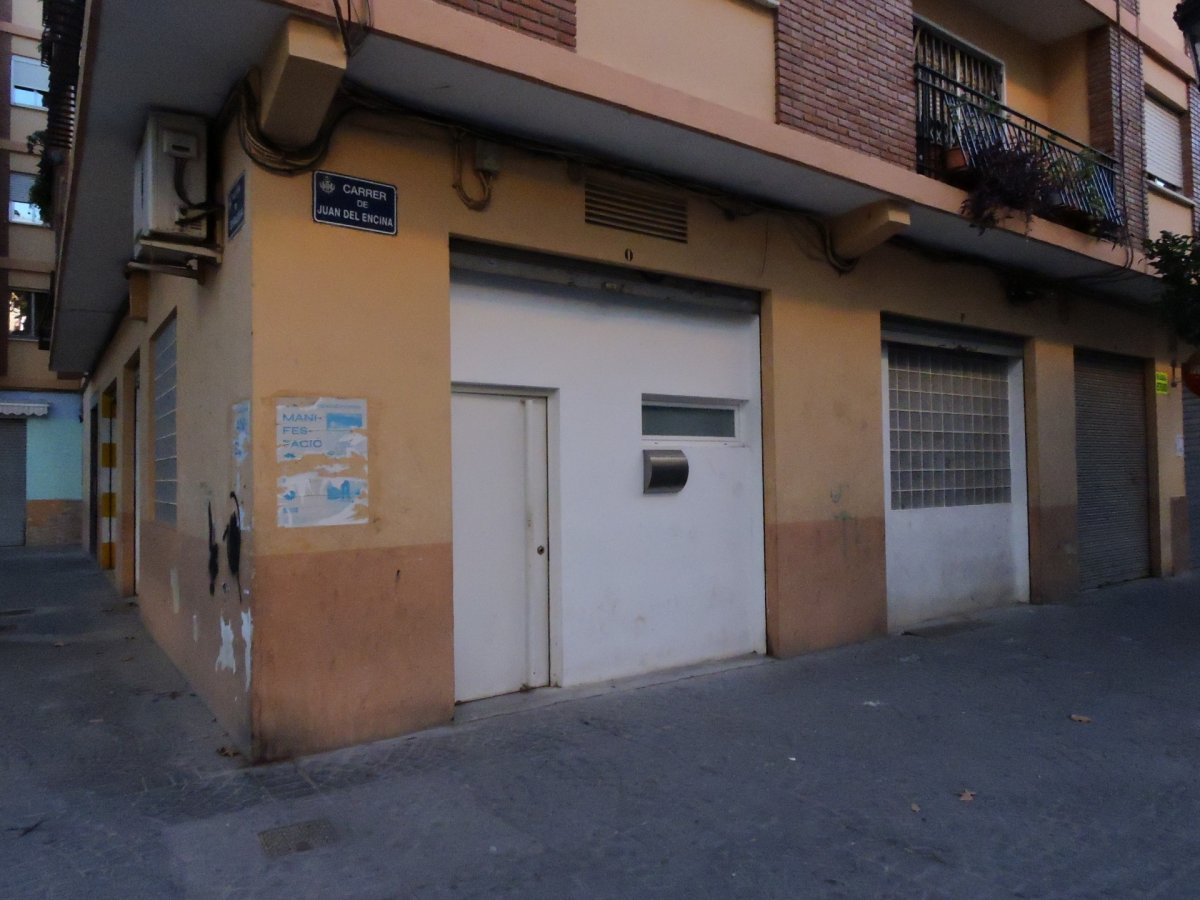 local-comercial en valencia · benicalap 350€