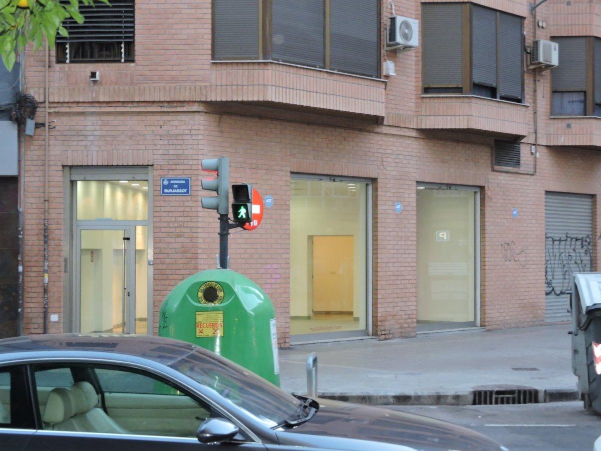 local-comercial en valencia · benicalap 1300€