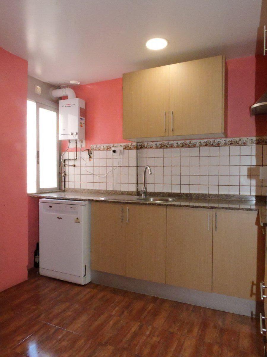 El piso en Moncada de 4 Habitaciones que estas buscando a un solo click  ; )