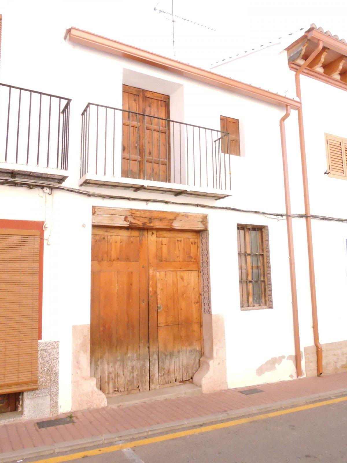 casa en olocau · olocau 82000€