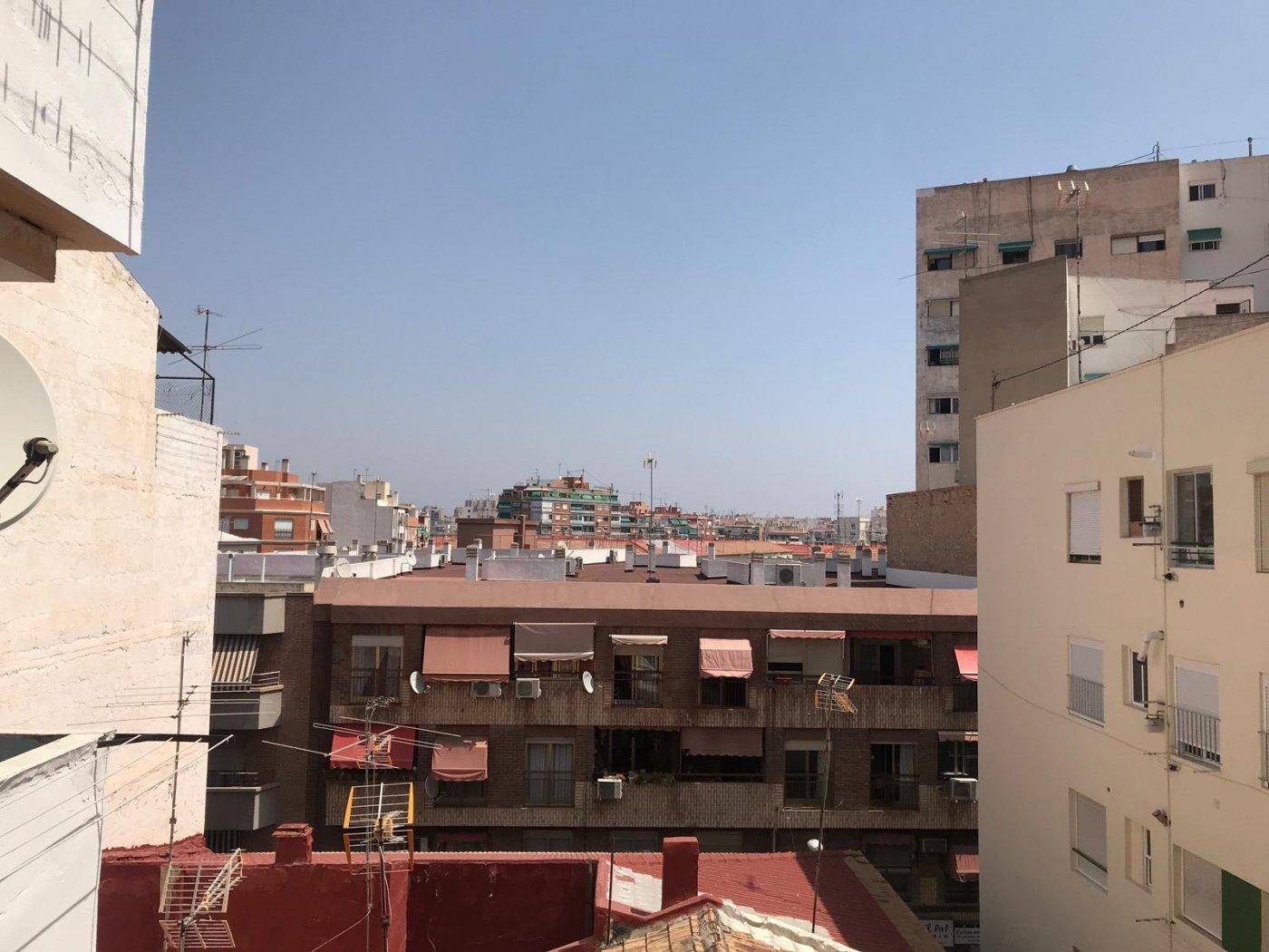 Piso de SegundaMano en Pla Del Bon Repos Alicante
