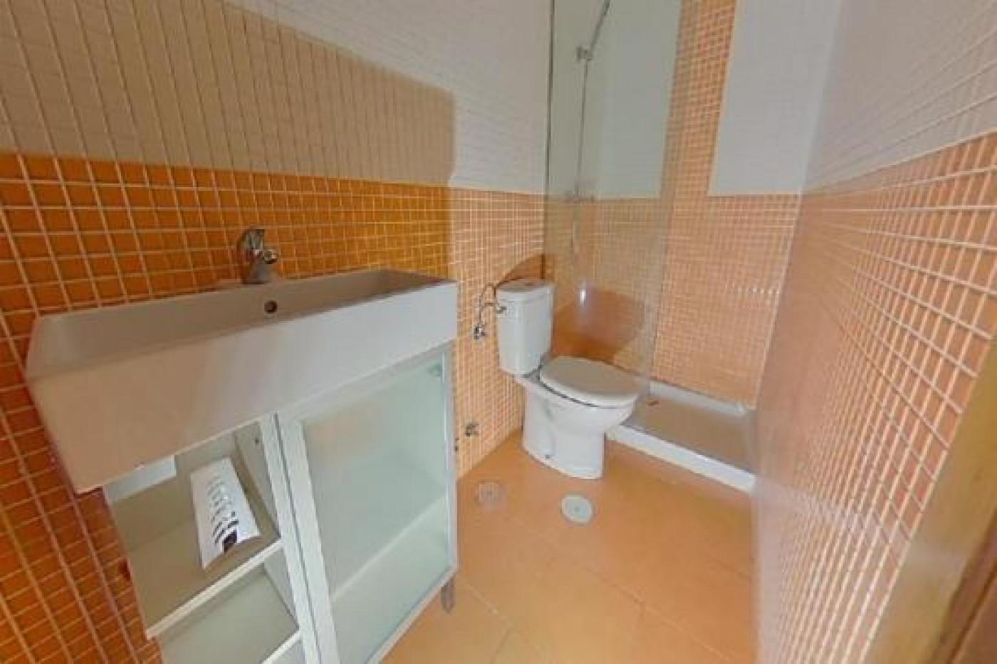 Apartamento, 44 Mq, Venta - León (León)