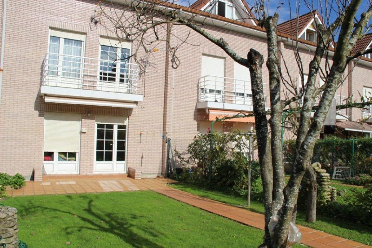 Chalet en venta en Mazcuerras  de 4 Habitaciones, 1 Baño y 186 m2 por 159.500 €.