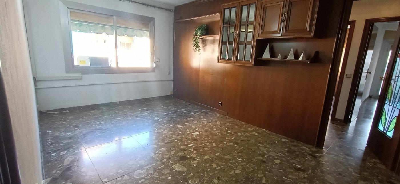 piso en hospitalet-de-llobregat · can-serra 125000€