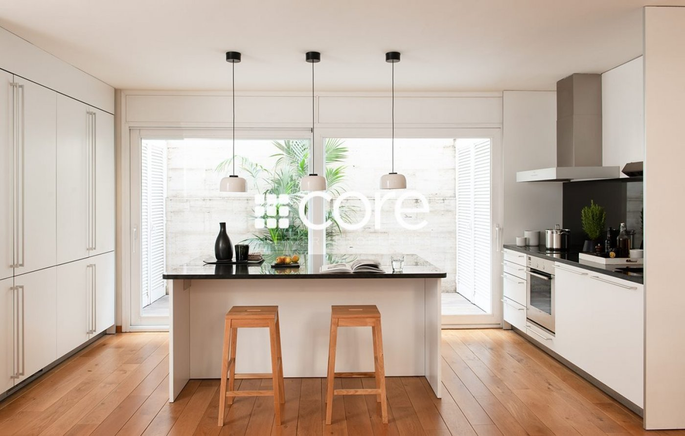 57/5000 Classic style villa for rent in Eixample