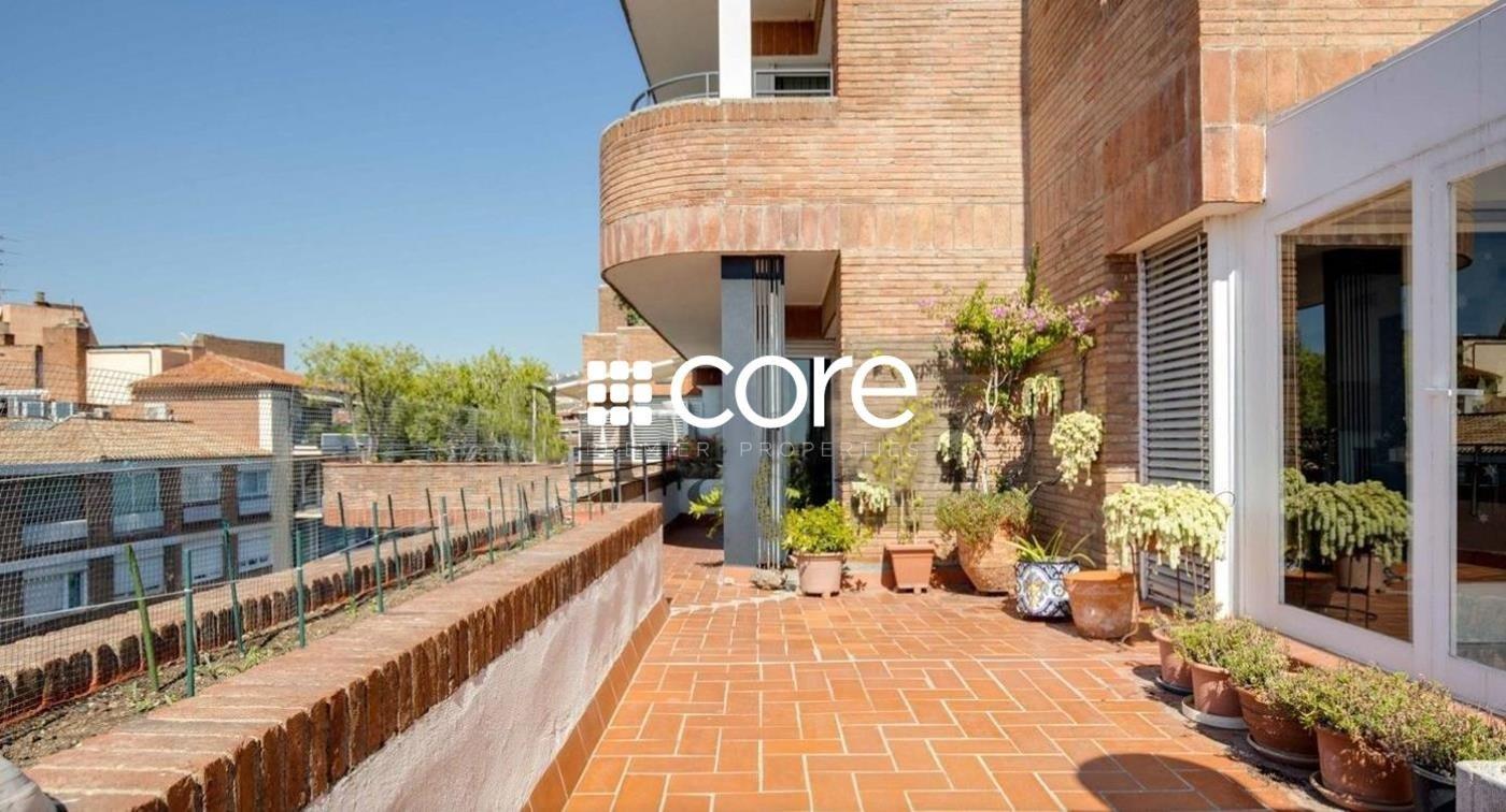 Ático duplex con dos terrazas en Sant Gervasi