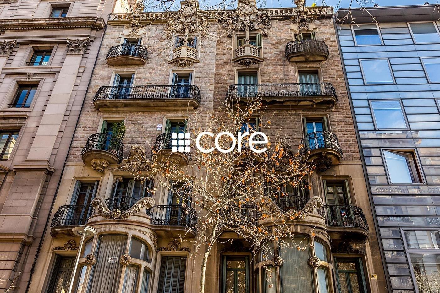 Piso en venta en finca catalogada en Quadrat d`Or de Barcelona Eixample Dret