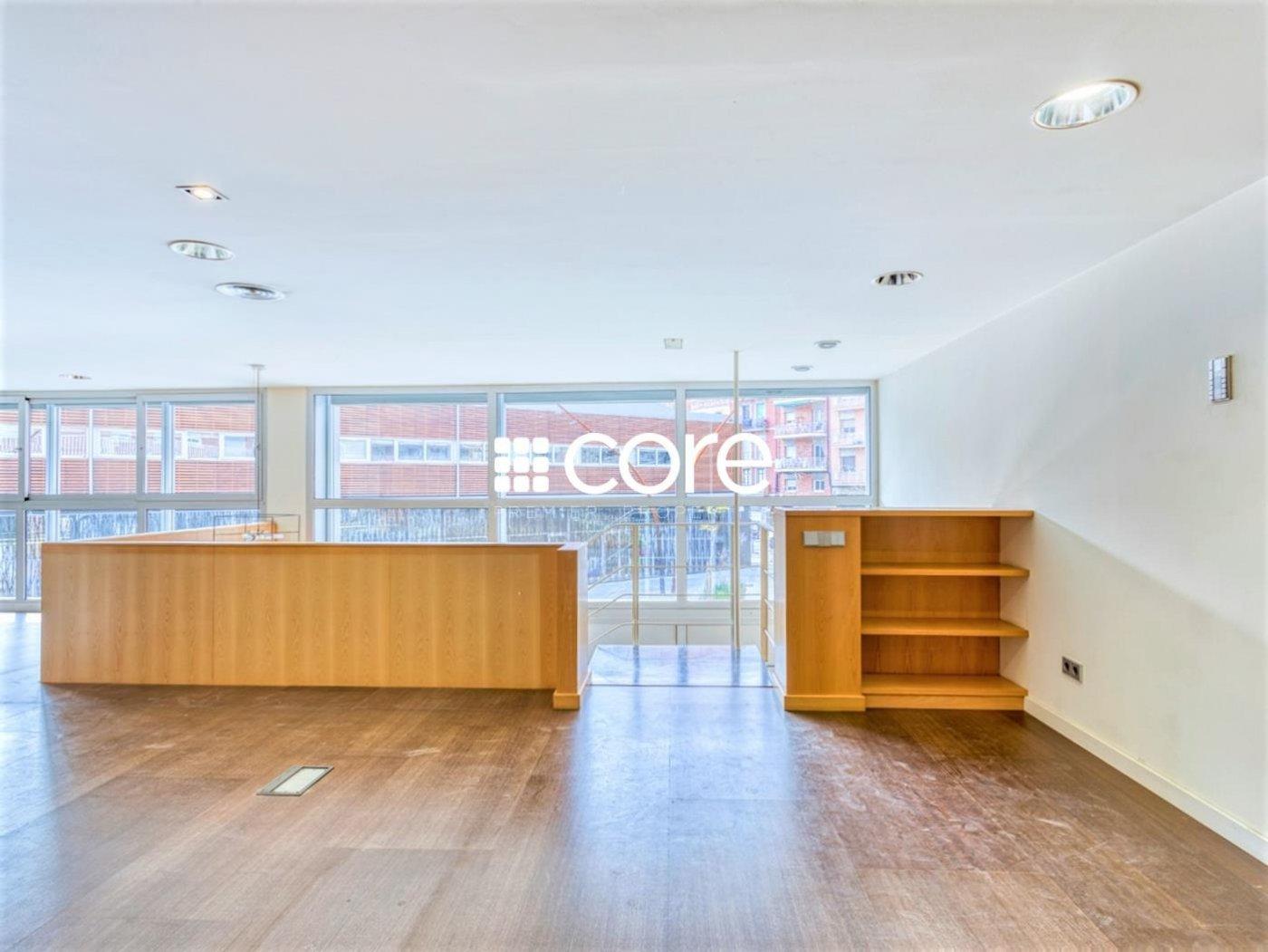 Oficina en venta en Les Corts