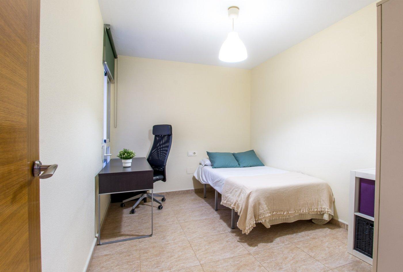 Magnífico piso en santiago el mayor - imagenInmueble8
