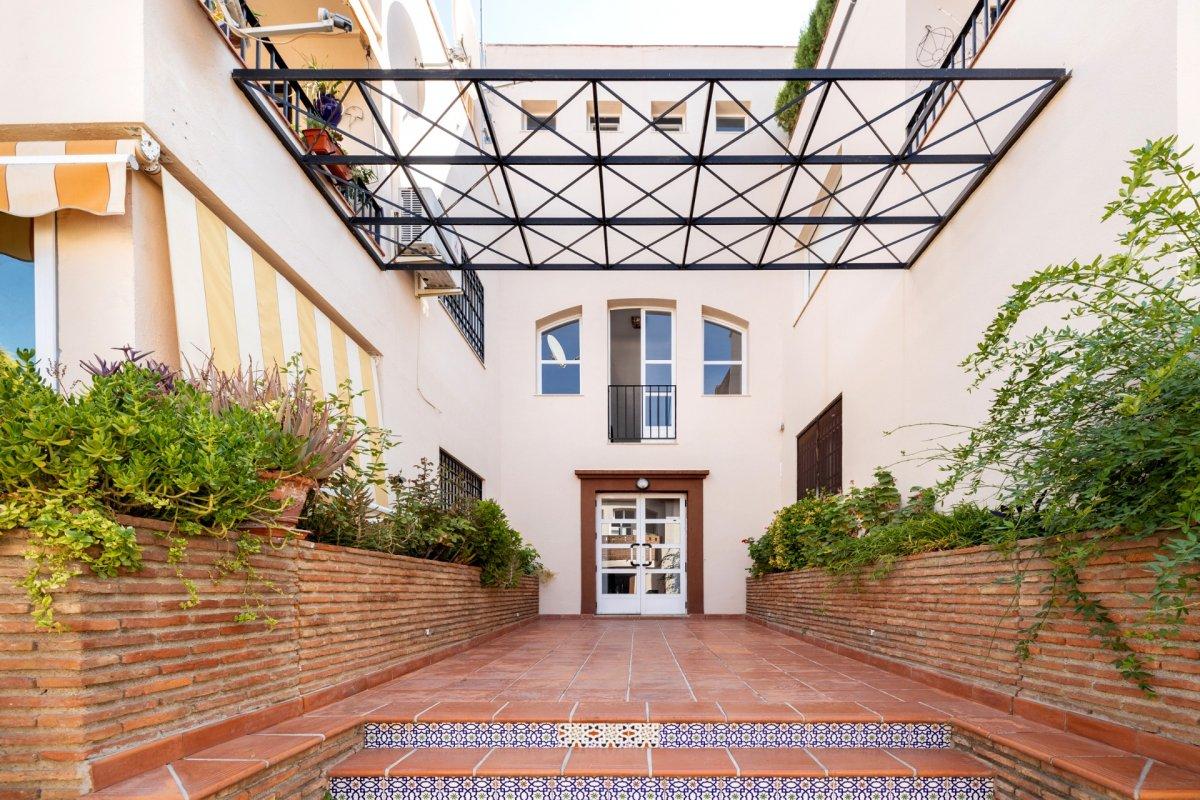 Extraordinario piso en La Zubia, Granada