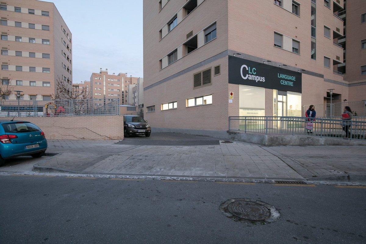 Plaza de garaje en urb. residencial campus, junto a la facultad de medicina, pts