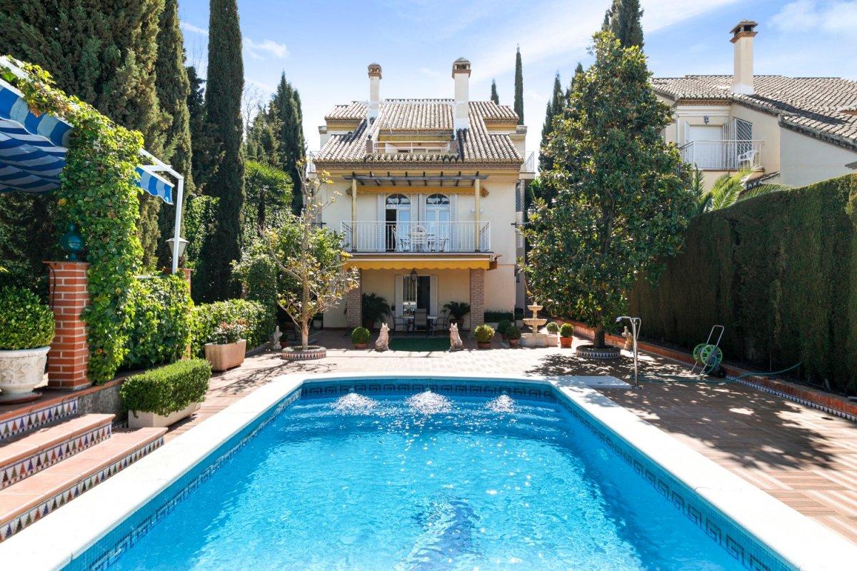 ¿Te gustaría vivir en plena naturaleza a tan solo 10 minutos de Granada?, Granada