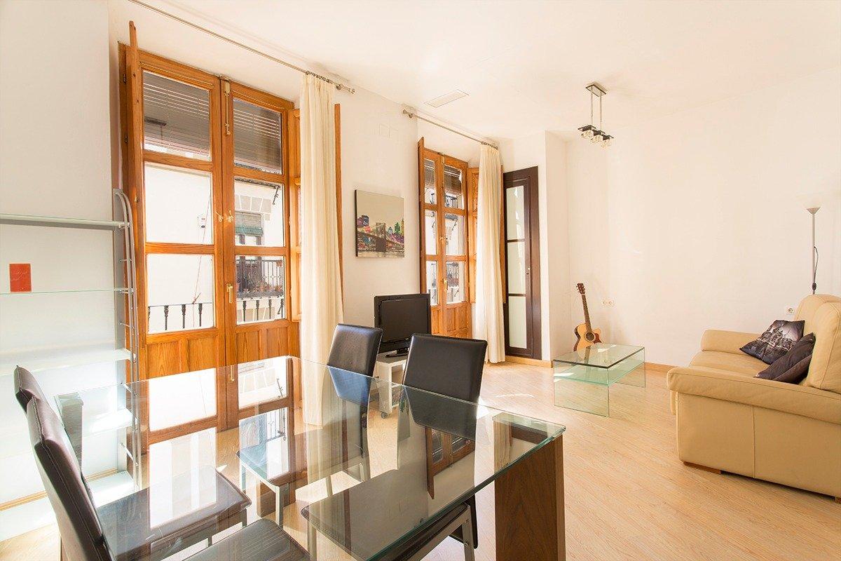 """Extraordinario e impecable apartamento  """"Premiun"""" de estilo moderno y contemporáneo, Granada"""