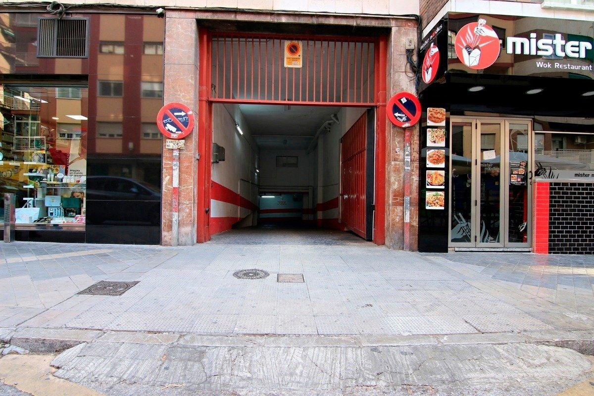 Garaje en Gran Capitan (Maristas), Granada