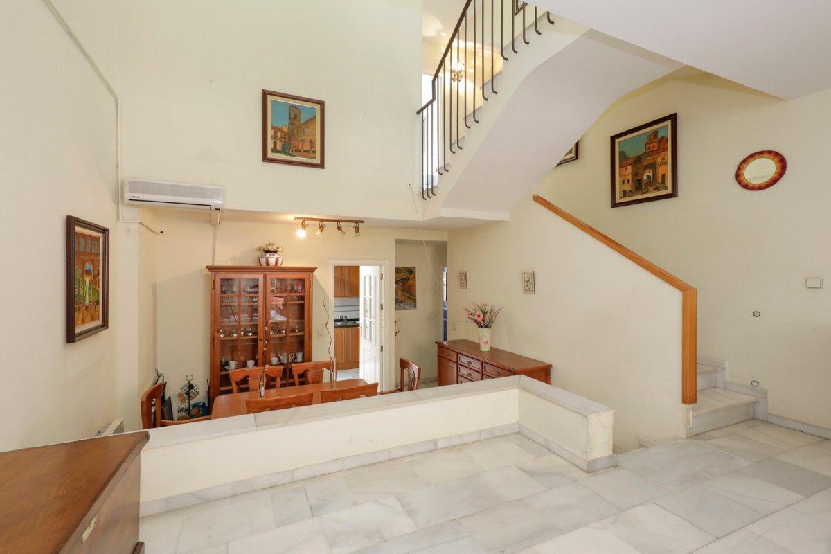 Magnífica casa adosada – Armilla