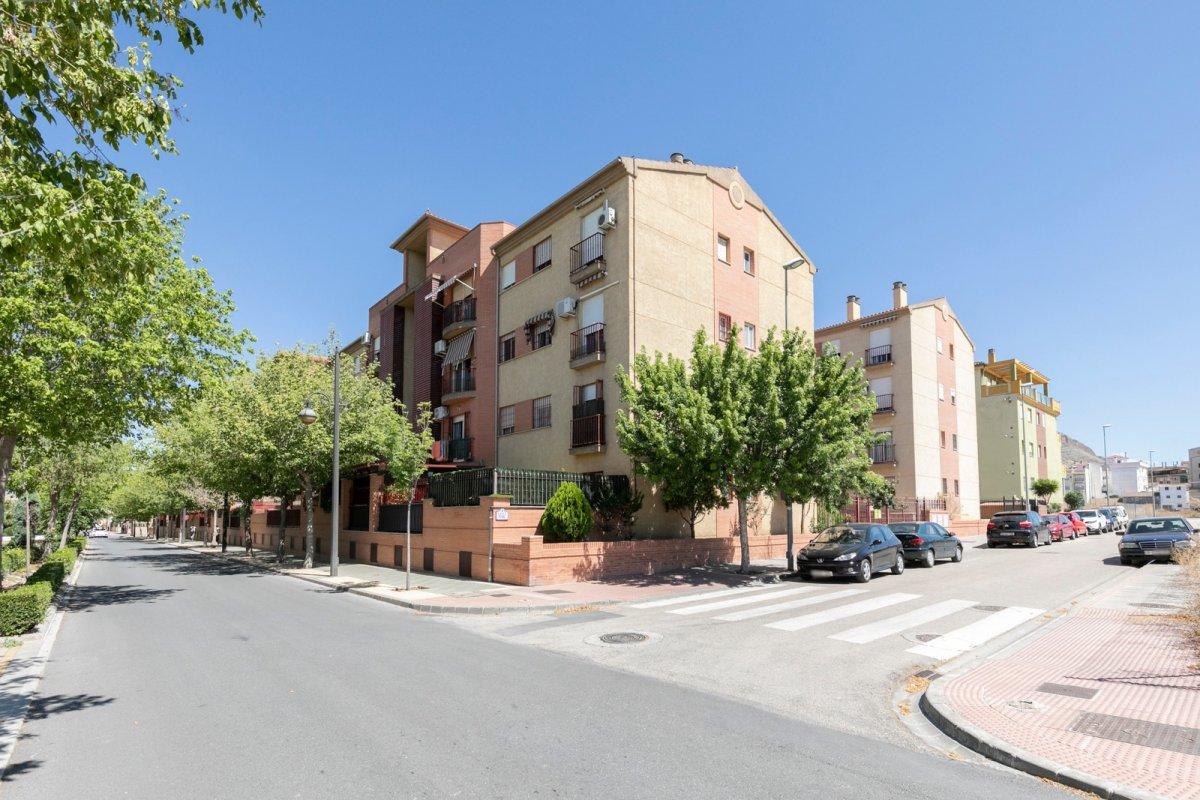 Piso amueblado con parking en Urb. Las Hilanderas en Atarfe, Granada