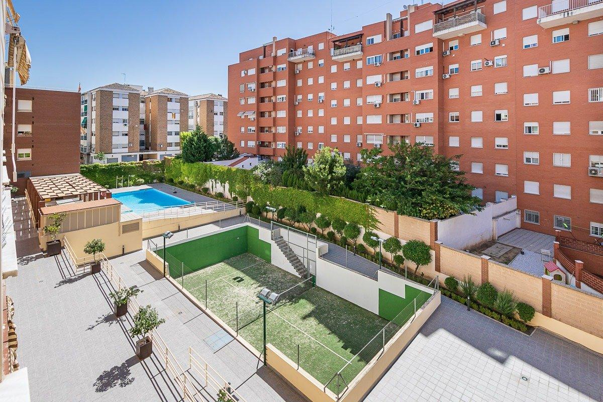 Estadio de la Juventud - Sanders, Granada