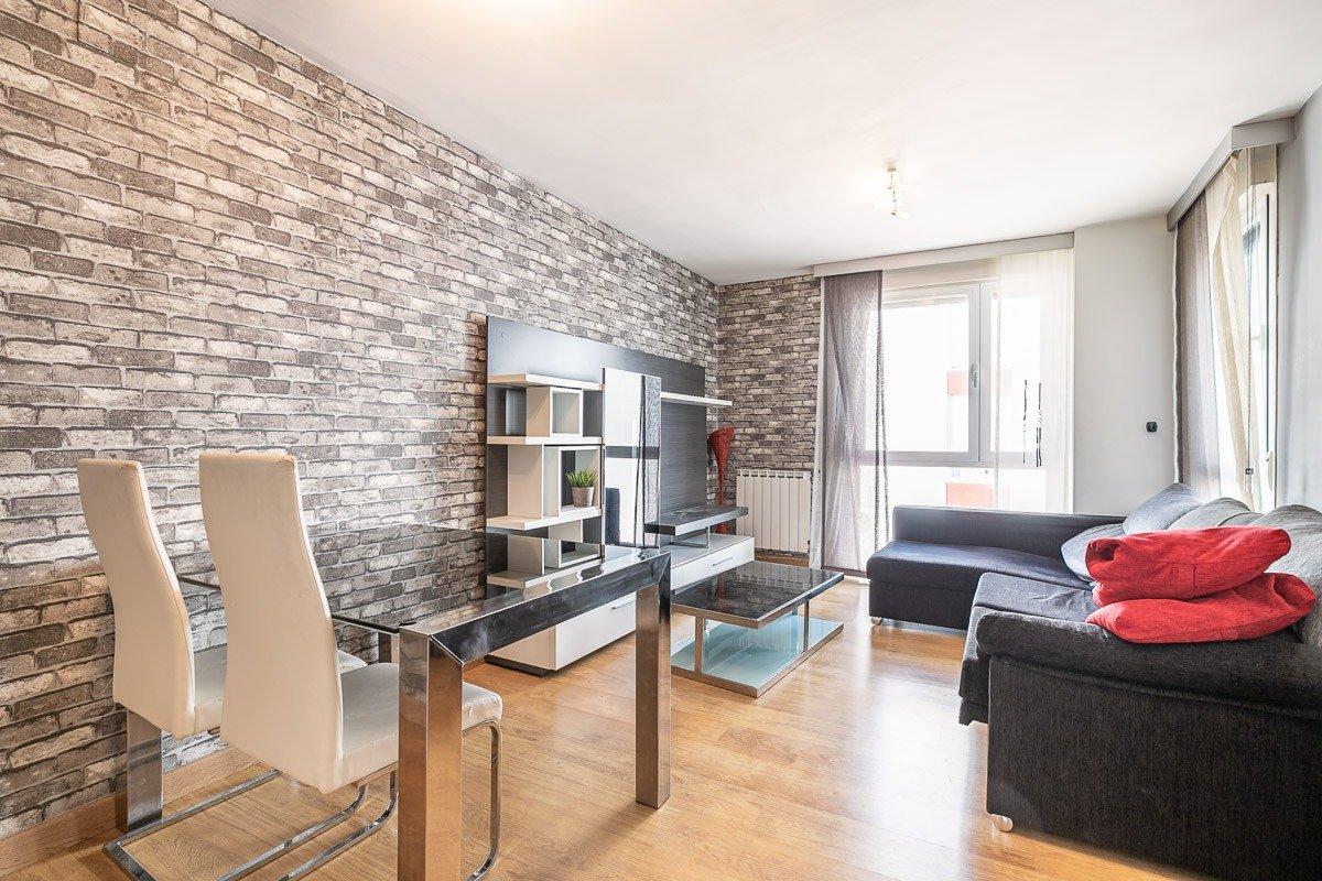 Coqueto piso de 2 dormitorios con muchas mejoras., Granada