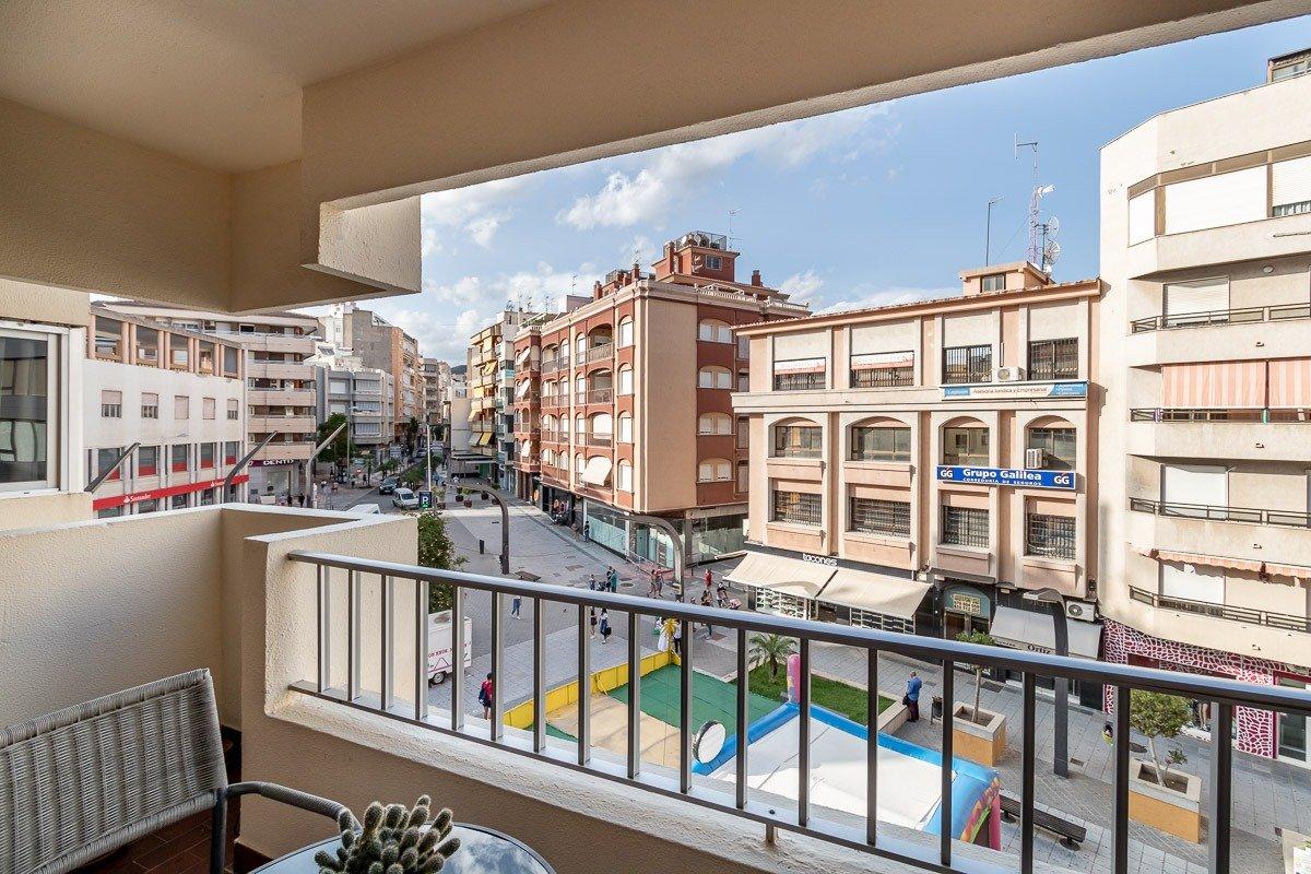 ¿ Te gustaria vivir en un precioso piso en el centro de Motril?, Granada
