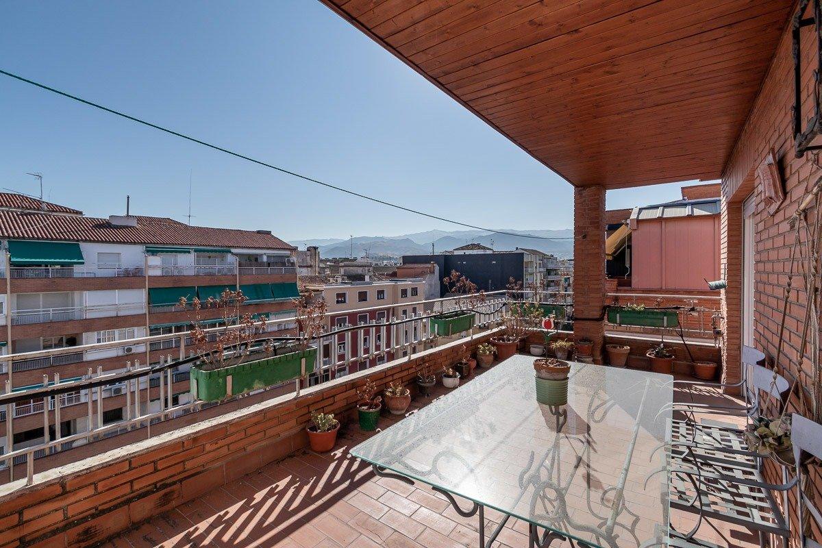 Impresionante ático!!!,  en Camino de Ronda junto a Recogidas., Granada