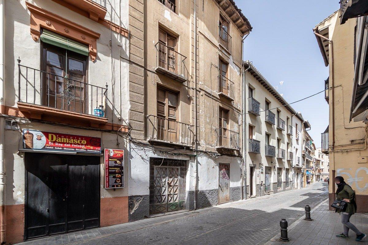 Edificio en calle elvira