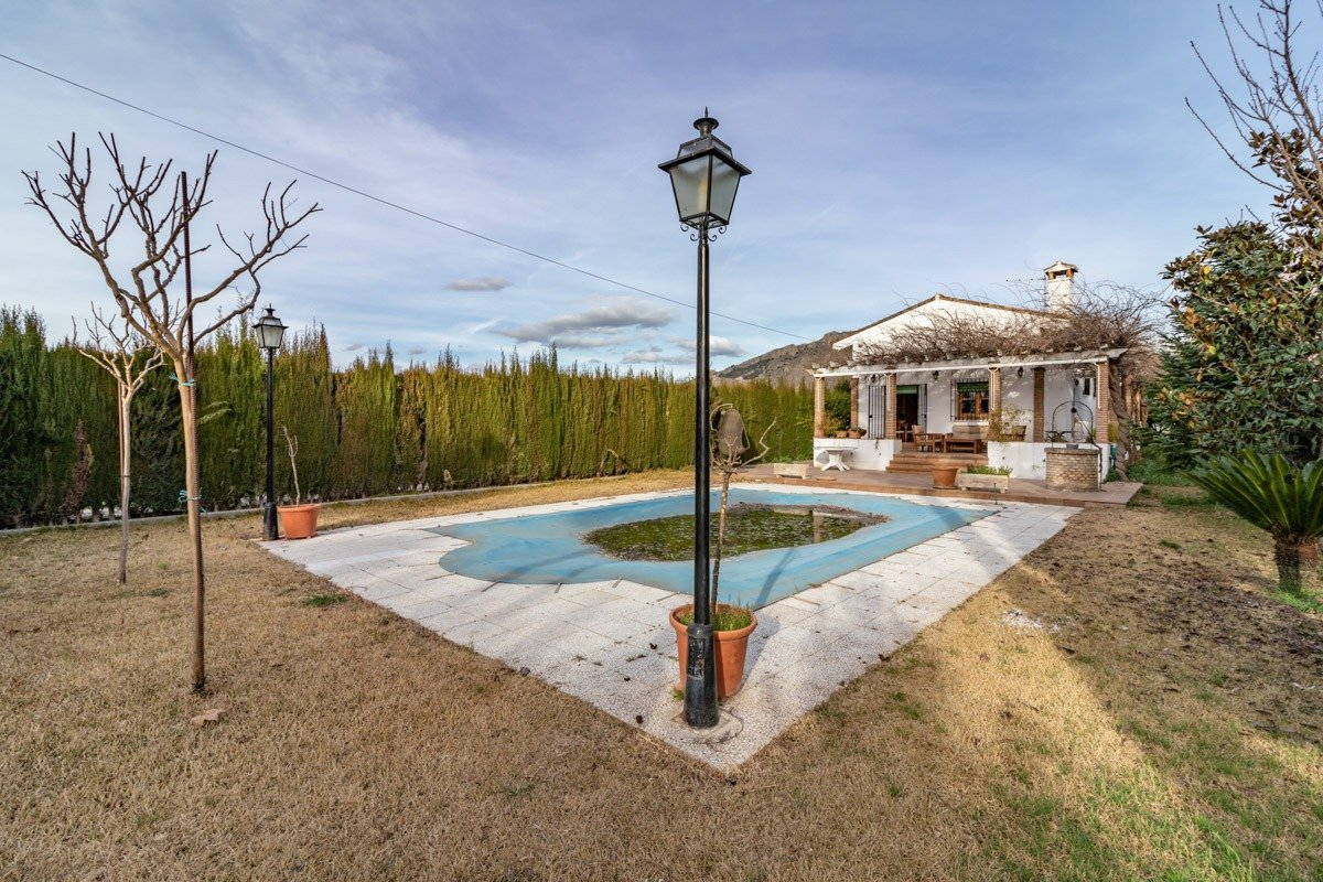 Chalet – Pinos puente