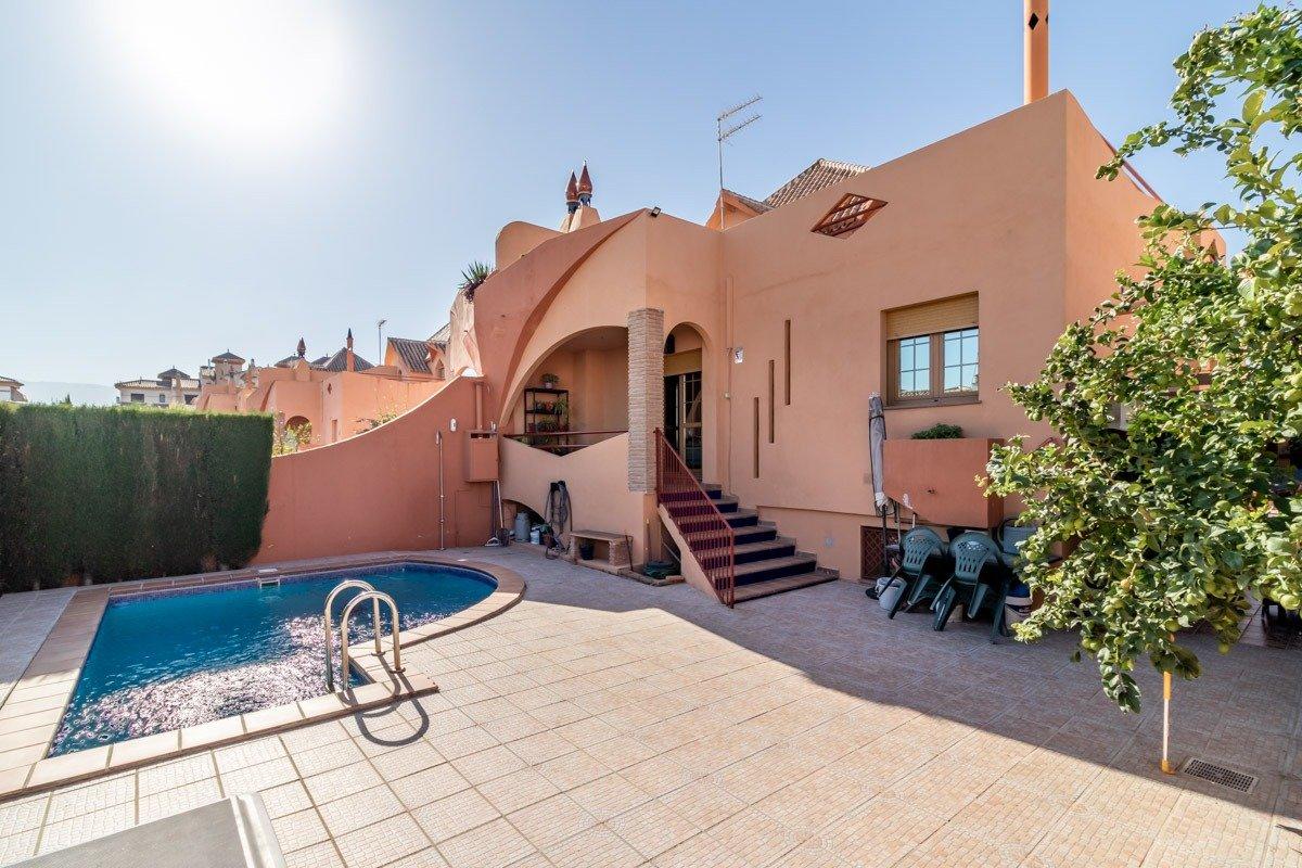 Vivienda CON ENCANTO en LAS GABIAS, Granada