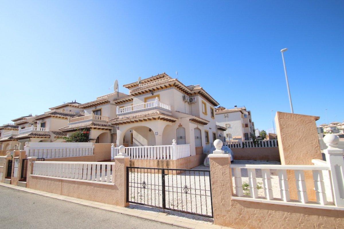 townhouse en orihuela-costa · lomas-de-cabo-roig 600€