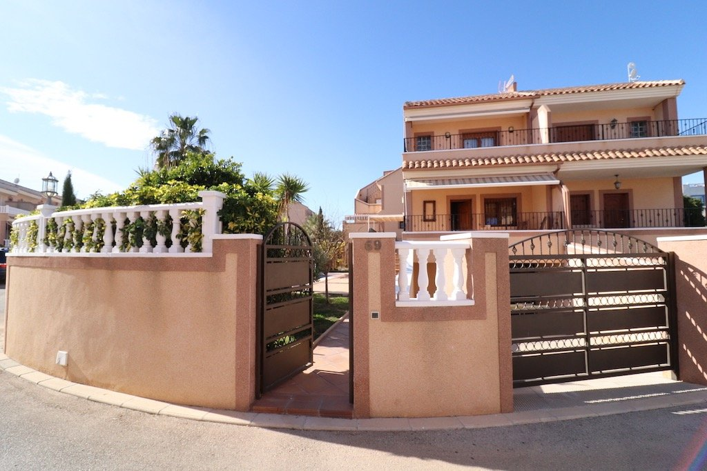 jumelee en torrevieja · los-altos 275000€