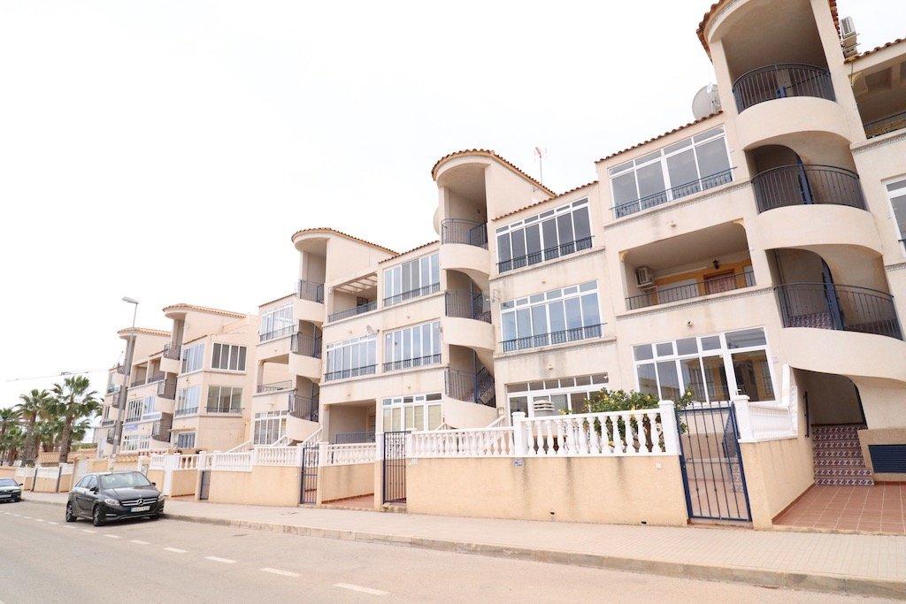 apartamento en orihuela-costa · la-zenia 96000€