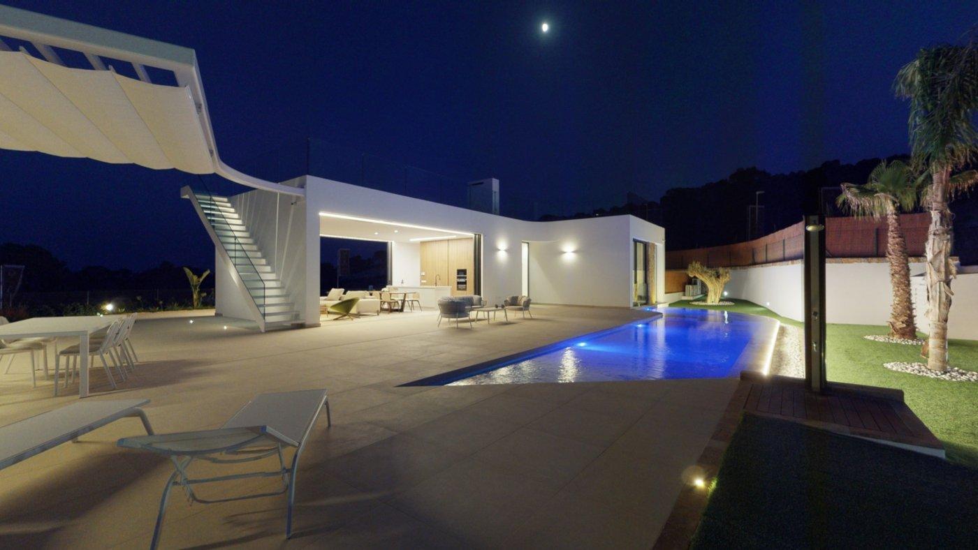 villa en san-miguel-de-salinas · las-colinas-golf 760000€