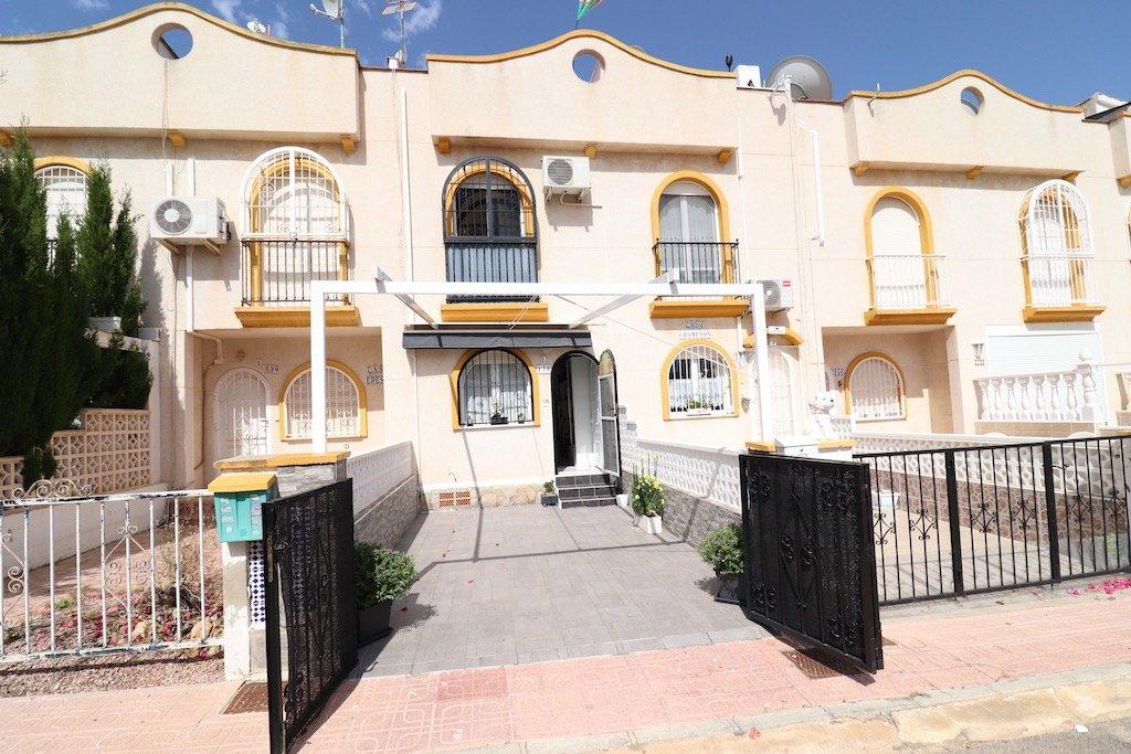 Rijwoning in Orihuela Costa - Bestaande bouw - Van Dam Estates