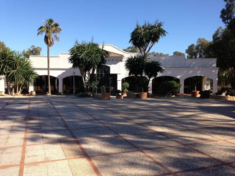 hotel en orihuela-costa · la-zenia 12000000€