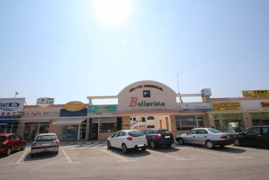 local-commercial en orihuela-costa · cabo-roig 270000€