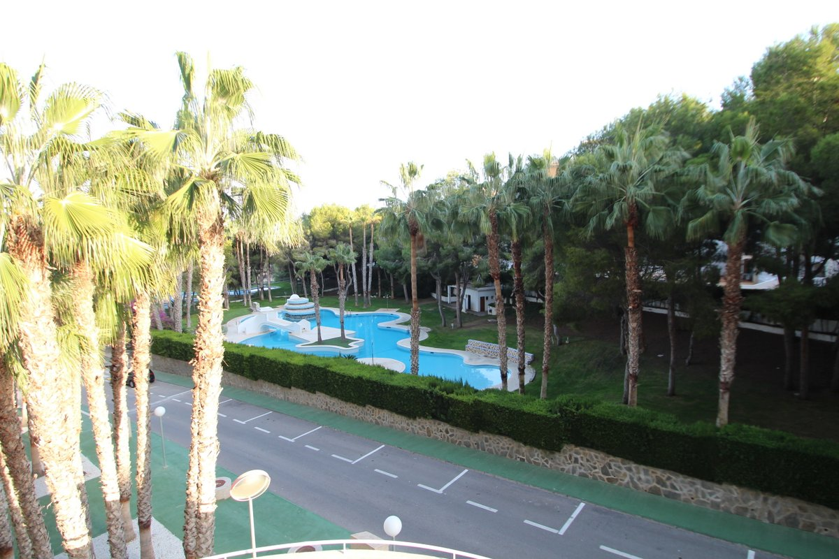 apartment en orihuela-costa · altos-de-campoamor 61000€