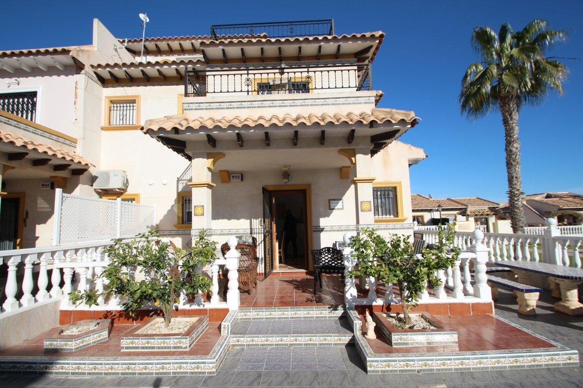 townhouse en orihuela-costa · la-regia 900€