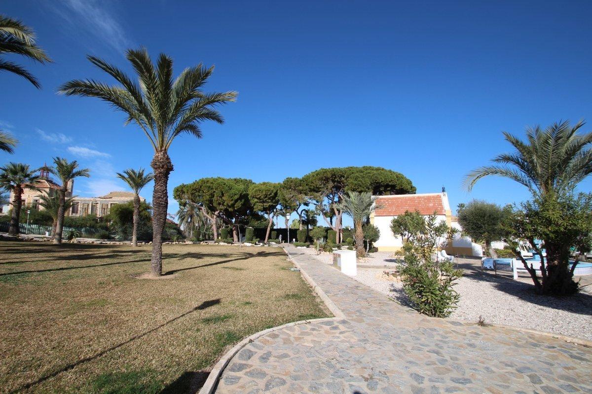 Propiedades en venta en Torrevieja, España image 14